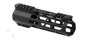 "Omega Mfg. AR15 Slim Free Float Mlok 7"" Handguard"